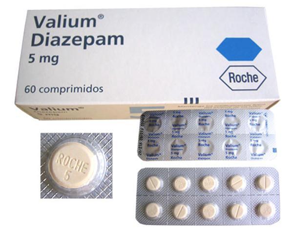 دیازپام چیست ؟ عوارض - تداخل - نحوه مصرف