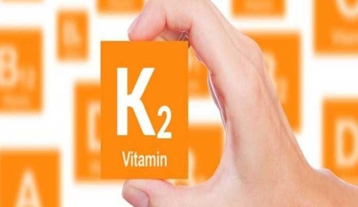 ویتامین K2 چیست و چه فوایدی دارد ؟ علائم کمبود ویتامین K2