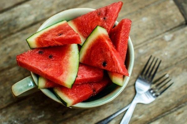 هندوانه برای سلامت چشم مفید است