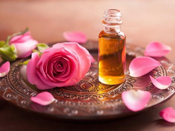 روغن گل سرخ به تعادل هورمون ها کمک می کند