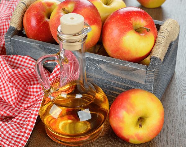 استفاده از سرکه سیب طبیعی برای درمان موکوسل لب و دهان