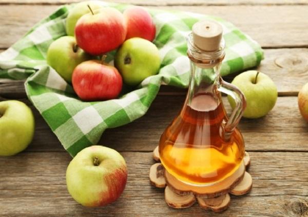 سرکه سیب طبیعی برای درمان خال