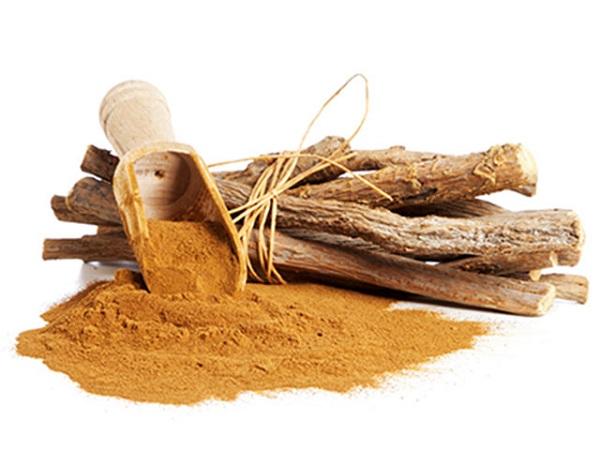 ریشه شیرین بیان برای درمان قارچ های پوستی یا درماتوفیتوز