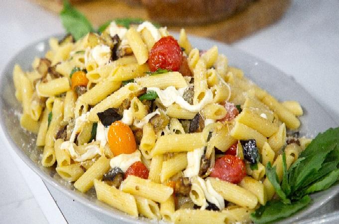 طرز تهیه پاستا ایتالیایی,طرز تهیه پاستا با سس آلفردو,طرز تهیه پاستا با مرغ