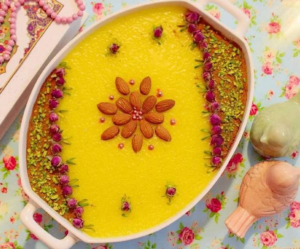 تزیین شله زرد,تزیین شله زرد با گل محمدی,تزیین شله زرد با دارچین 3
