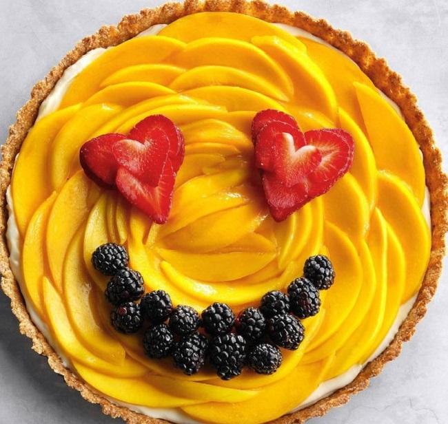 طرز تهیه تارت میوه ای,تارت میوه ای شیرینی مخصوص عید نوروز,دسر میوه ای